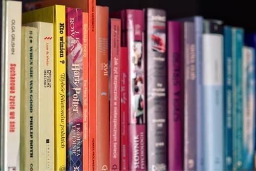 Library M'lire