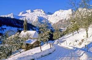 le-village-de-manigod-en-hiver-103