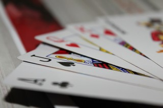 cards_166440_1920.jpg